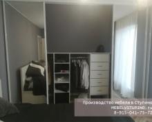 Встроенный шкаф купе под уклоном стены дома - Ступино